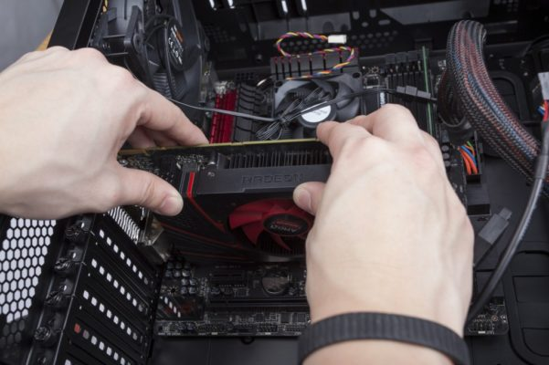 how to install a graphics card in a desktop