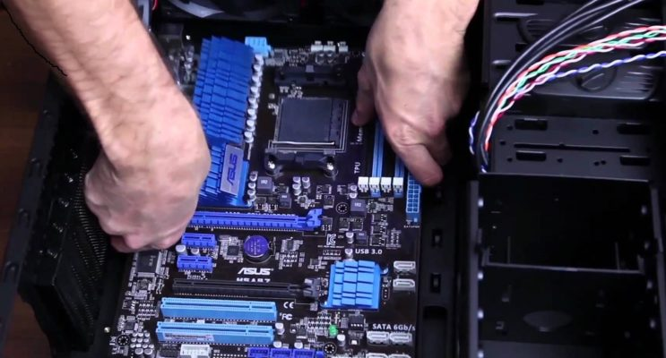 how to install a motherboard step by step